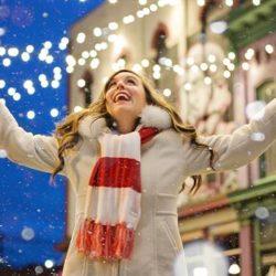 svetla i sneg u gradu